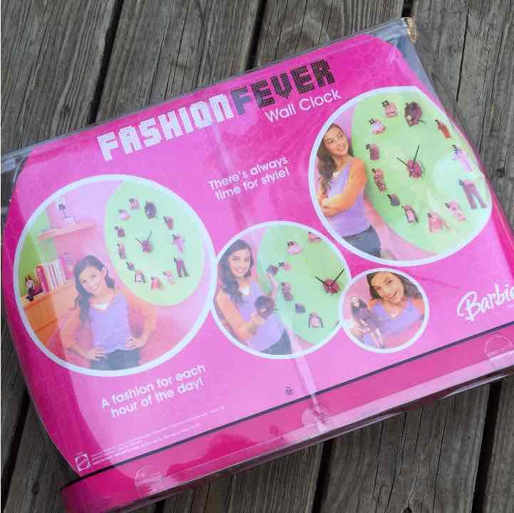 Barbie Mattel fashion fever clock outfit