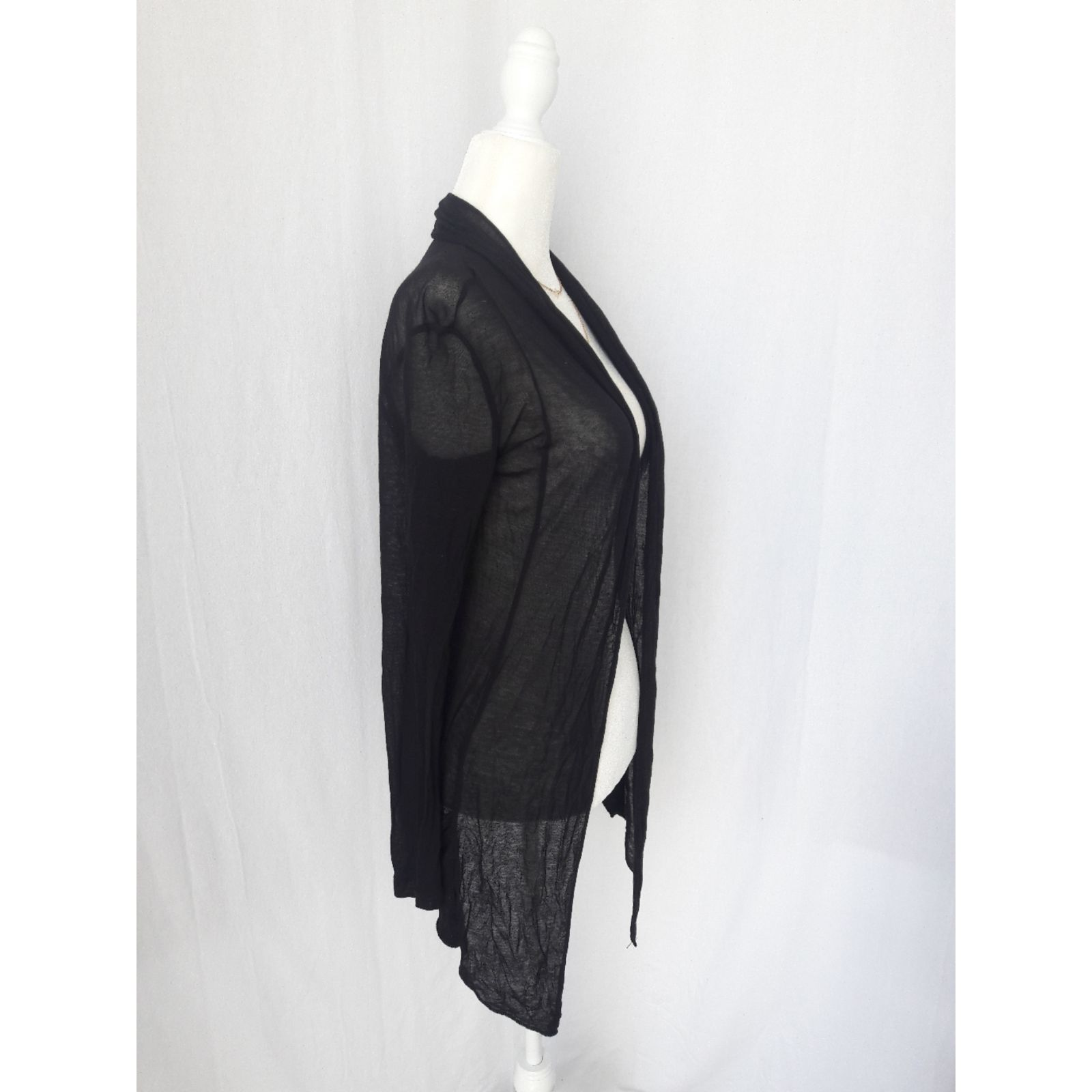 Forever 21 lightweight black cardigan - Mercari: BUY & SELL THINGS ...