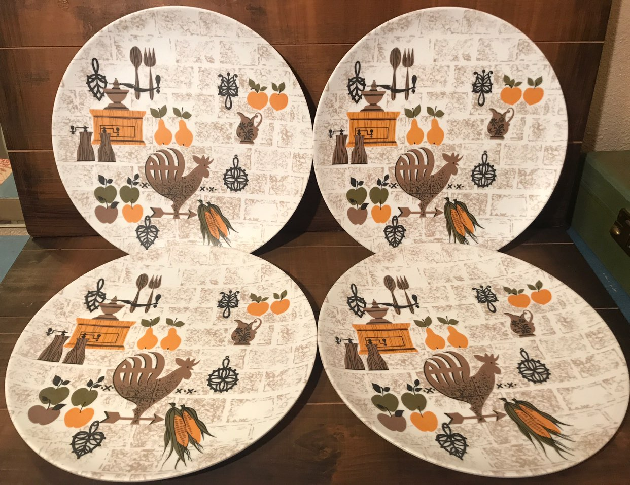 Set of 4 Texas Ware Rooster Plates