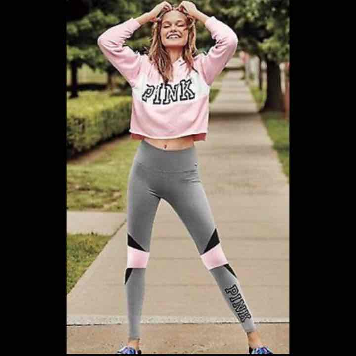 NWT PINK RAW EDGE PULLOVER size M