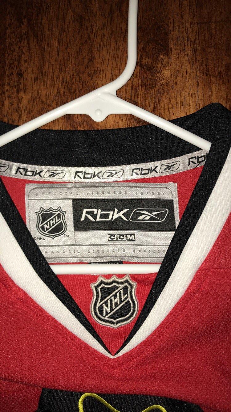 Red Blackhawks Jersey