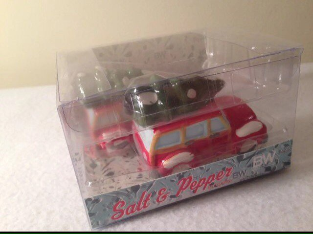 Red Woody Car W Tree Salt Pepper Shakers