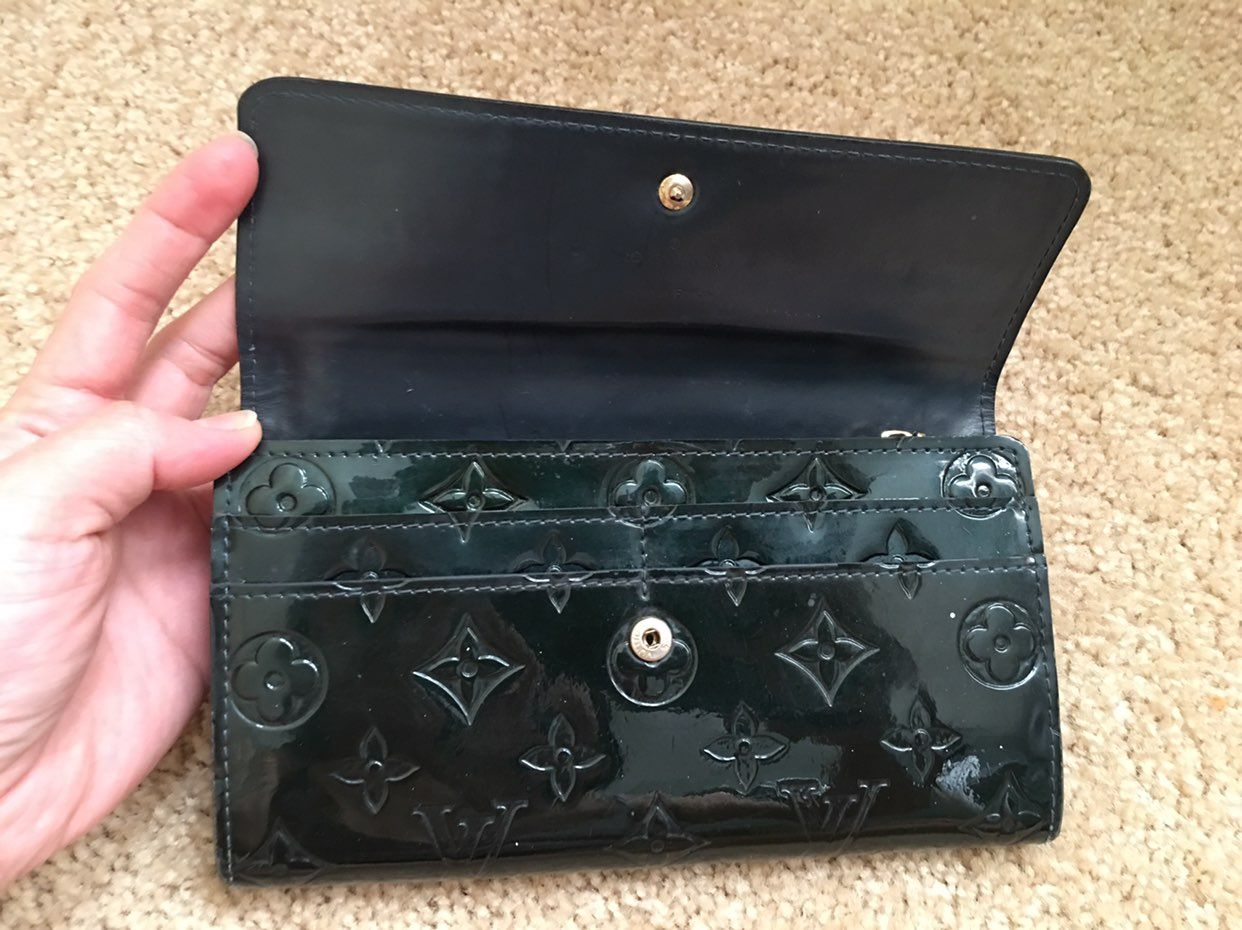 Louis Vuitton Sarah Vernis Long Wallet