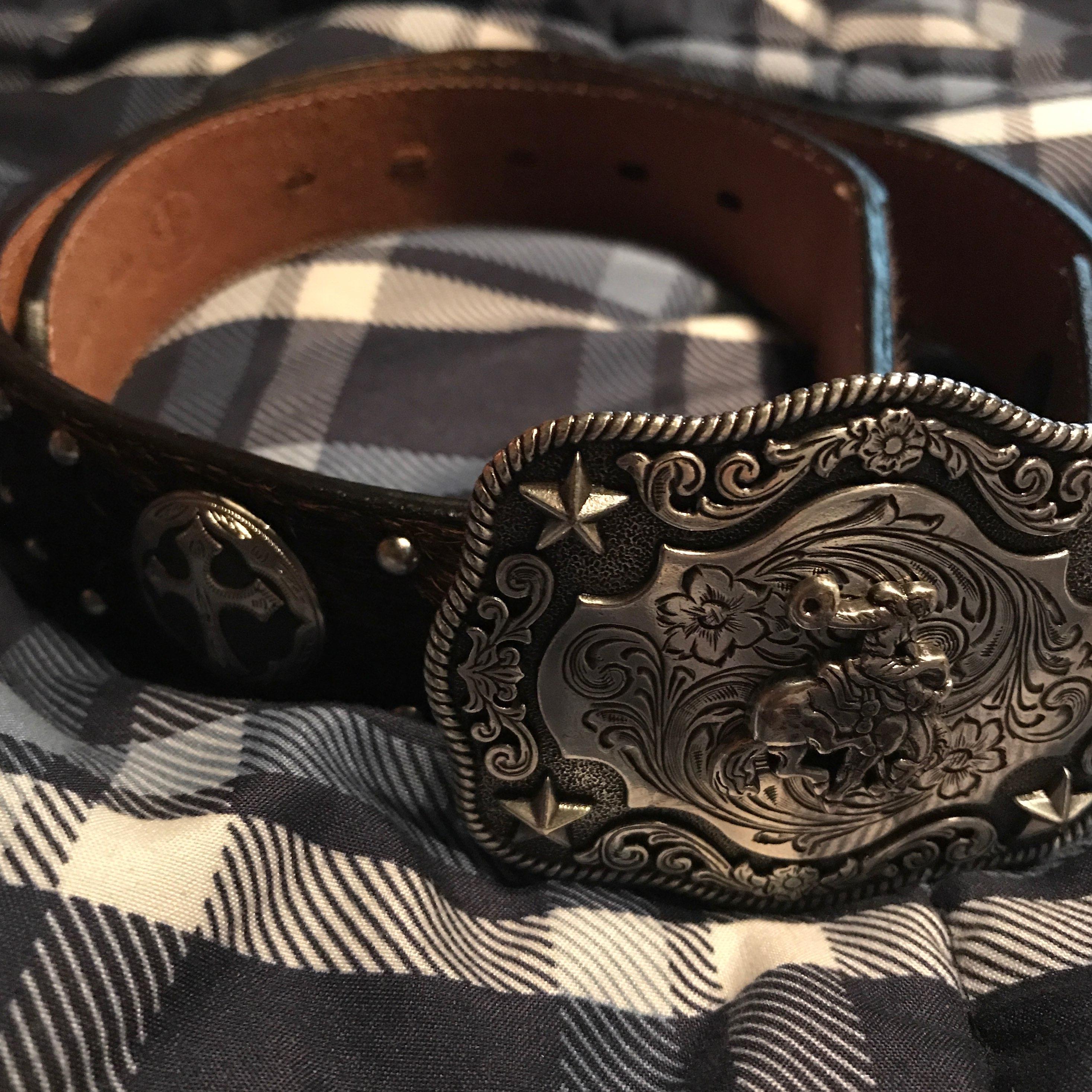 Belt with big buckle