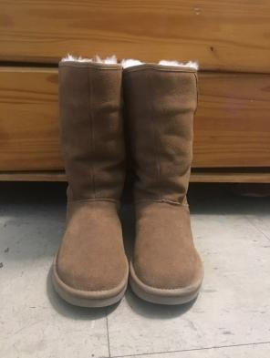 0d1c4b357f1 Ugg Boots - Mercari: BUY & SELL THINGS YOU LOVE