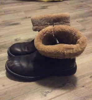 1bb40144696 Ugg Boots - Mercari: BUY & SELL THINGS YOU LOVE