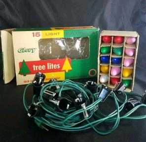 Vintage Christmas lights w/box C7 1/2, used for sale