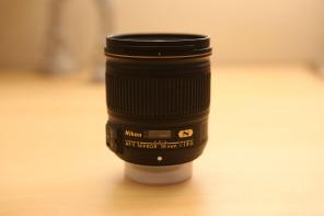 Nikon Nikkor 28mm f1.8G FX Wide angle for sale