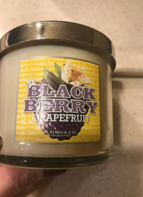 Bbw Slatkin Blackberry Grapefruit Candle, used for sale