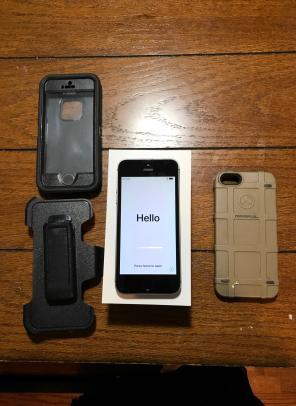 Apple iPhone SE Space Gray 16GB(Verizon) for sale