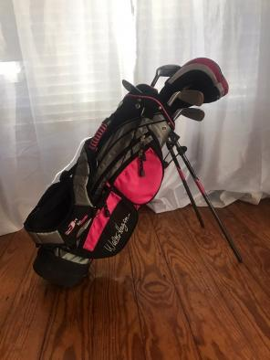 Used, Youth Girls Golf Club Set for sale