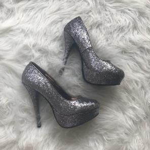 5c2bbcf5116 Charlotte Russe Heels Size 9 - Mercari  BUY   SELL THINGS YOU LOVE