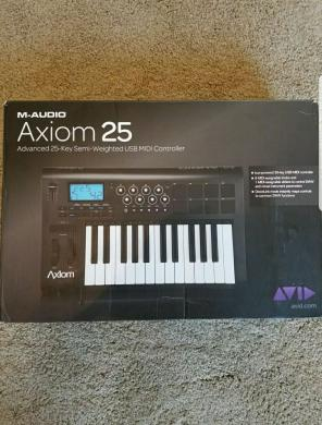 Almost Brand New M-Audio Axiom 25 !!! for sale
