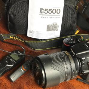Nikon D5500 18-140mm Lens + Extras, used for sale