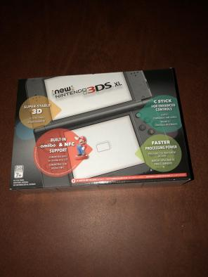 New nintendo 3ds xl black console system for sale