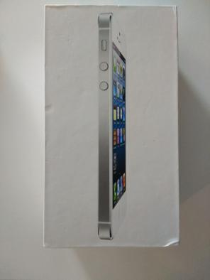 iPhone 5 16GB White for sale