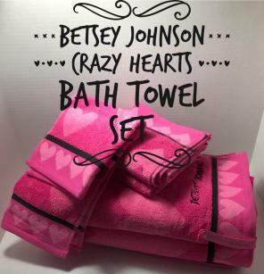 Betsey Johnson Towel Set for sale