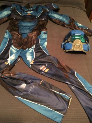 Boys Halo Costume Size Large 10/12 for sale