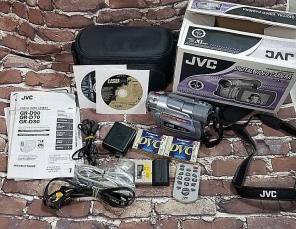 JVC GR-D90U 700XdIGITAL  MiniDV Camcorde for sale