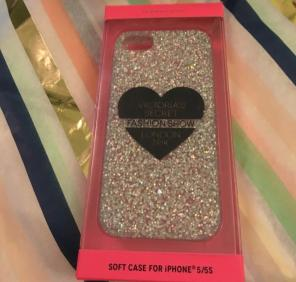 2 New iPhone 5/5s Case Lot for sale