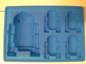 Star War R2D2 candy cupcake mold, used for sale