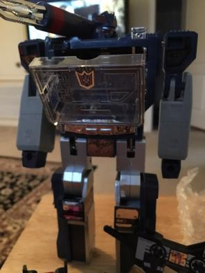 Transformers KNOCK-OFF Soundwave for sale