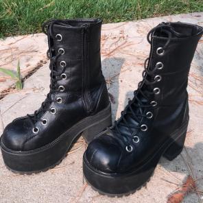 5deb290e458 Demonia RIVAL400 Black Vegan Leather Combat Boots Things to