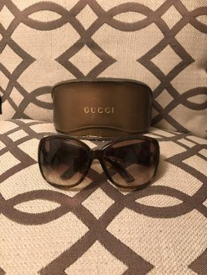 89f8a47ab49 Women s Gucci sunglasses and case - Mercari  BUY   SELL THINGS YOU LOVE